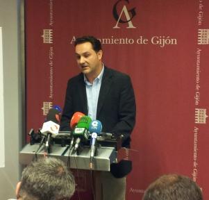 Manuel Pecharromán, en rueda de prensa.